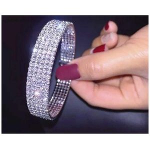 Jewelry - 🦋 Shiny Crystal Bracelet for ALL OCCASIONS